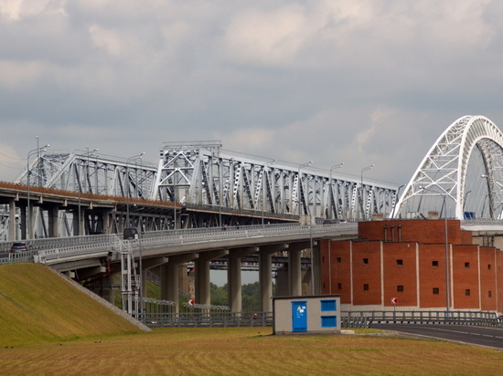 Движение по новому автомобильному мосту запустили в Нижнем Новгороде