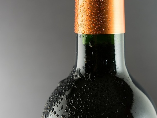 Бутылки из-под шампанского запретили использовать повторно