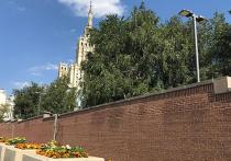 Москвичи пожаловались на невыносимый шум из посольства США