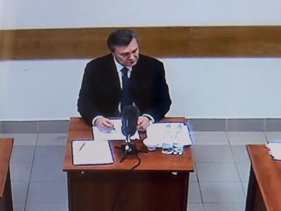 Дело о госизмене Януковича: аргументы прокуратуры опровергает их же свидетель