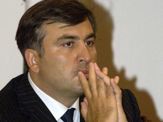 Экс-президент Грузии будет возвращать паспорт Незалежной через суд