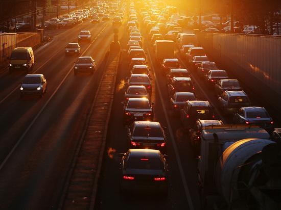 Минэкономразвития заставит автомобилистов проходить техосмотр под видеокамерами