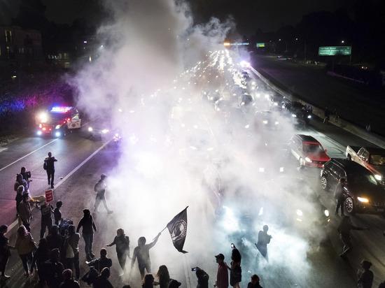 Американский Шарлоттсвилль стал столицей фашизма: почему молчит Трамп