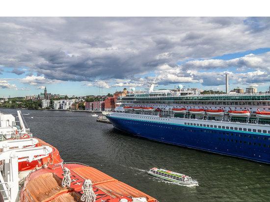Чем хороши круизы и почему современные лайнеры называют