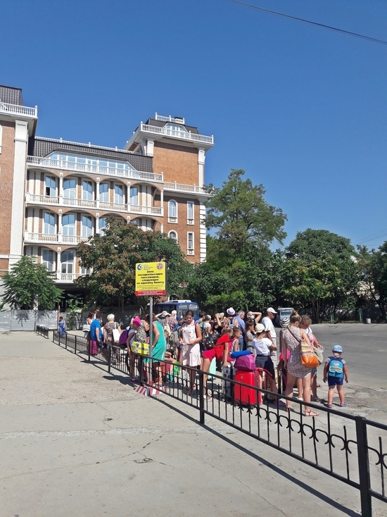 Автовокзал «Центральный» в Симферополе не рад пассажирам с «единым билетом»