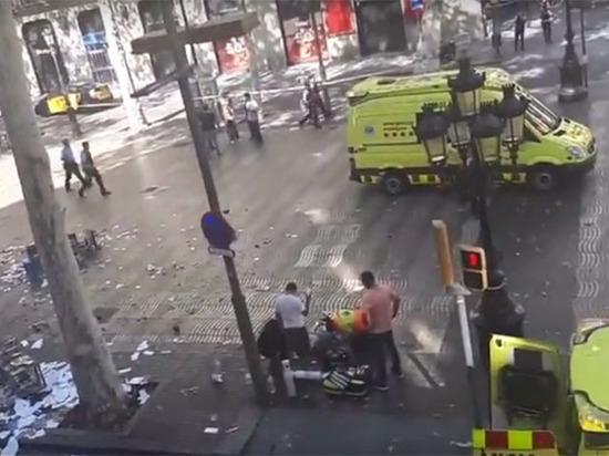 Число пострадавших в теракте в испанской Барселоне превысило 100 человек