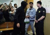 Дружи с Кремлем — не сядешь в тюрьму