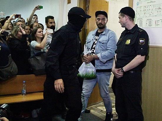 Не в деньгах несчастье Серебренникова