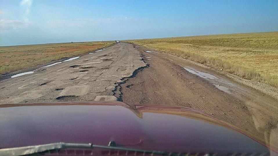 Казахстан из-за коррупции занимает 106-е место из 140 по качеству дорог