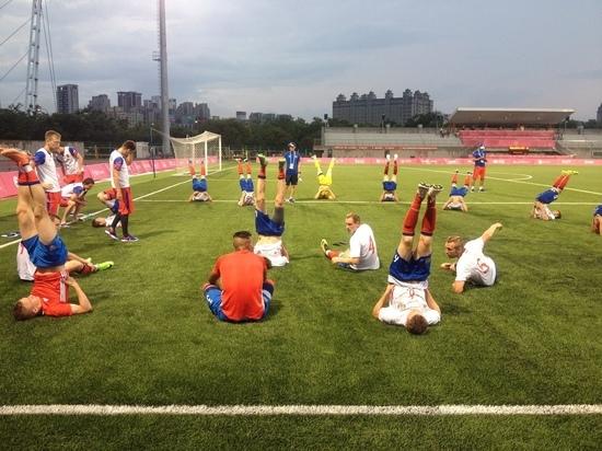 В пятницу футбольный четвертьфинал: Россия против Уругвая