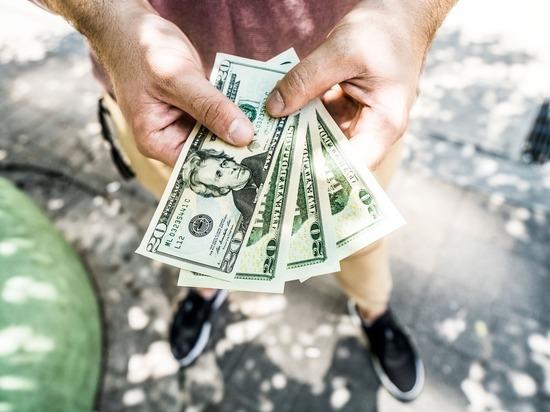 Налоговики занялись зарубежными счетами россиян: операции по ним объявят незаконными