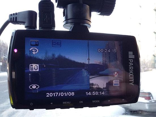 Роль автомобильного видеорегистратора видеорегистратор carcam hd 500