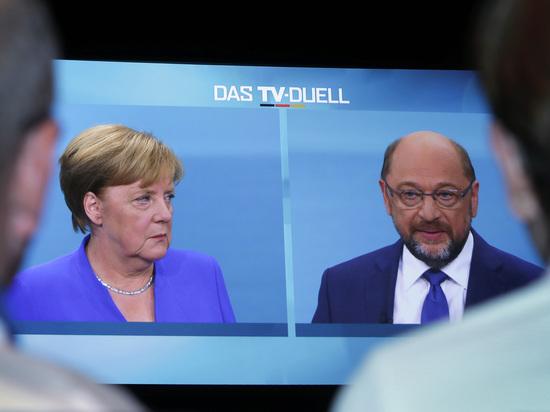 Дуэль на подушках: прошли дебаты Меркель и Шульца