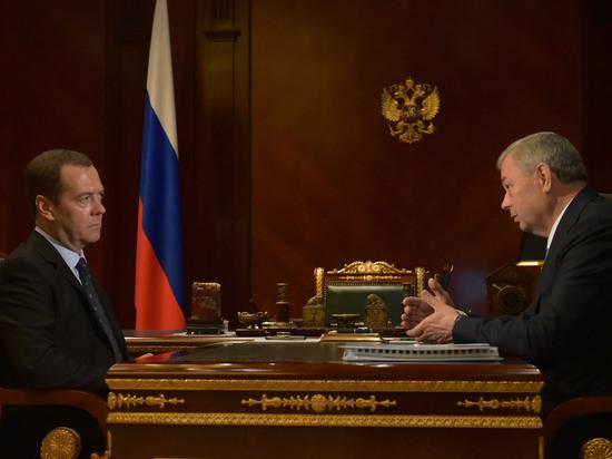 Губернатор Артамонов доложил главе Правительства РФ Медведеву о калужских инвестпроектах