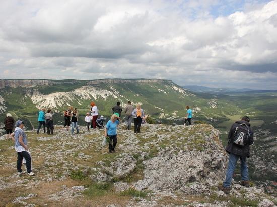 Поход выходного дня в Крыму: Челтер-коба и Сюйреньская крепость