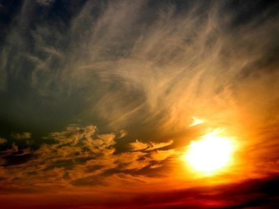 Мощнейшая за десятилетие вспышка на солнце: чего бояться