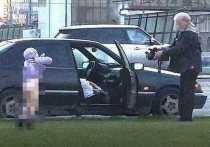 Установлен владелец авто, водитель которого снимал голого ребенка на трассе