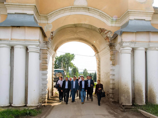 Потомки князя Трубецких из Франции посетили Калужскую область
