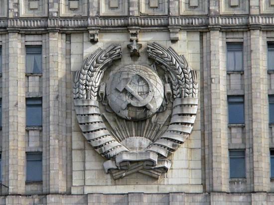 Лавров пригрозил США новым сокращением количества дипломатов
