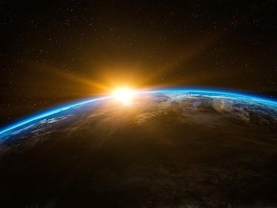 Ученые предсказали скорую гибель Солнца и Земли после аномальных вспышек