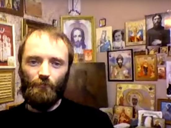 Рассказом об этом Александр Калинин сыскал популярность в Сети и завербовал первых сторонников