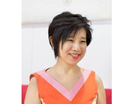 Куратор Юко Хасегава: «По стилю я — «витаминная девочка», которая доносит до людей дух оживления, что несколько не соответствует идее проекта»