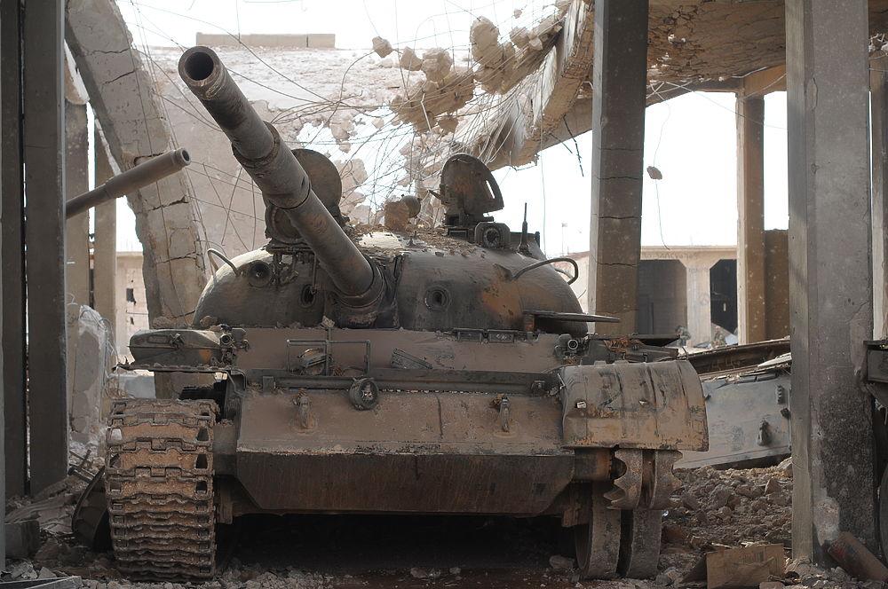 Дейр-эз-Зор после ИГ: вымершие улицы, залпы артиллерии и смертоносные джихад-мобили