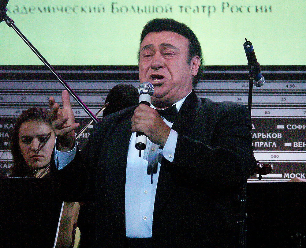 Две страсти Зураба Соткилава: футбол и опера