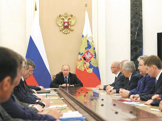 Результат порадовал: губернаторы пообещали Путину процветающую страну под его руководством