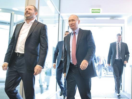 Путин в Яндексе: Алиса рассказала президенту об убийстве О'Коннора
