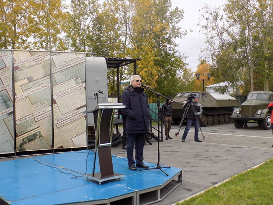 В Сургуте отметили 60-летие прибытия в город геологов-первопроходцев