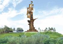Ураган разрушал все, что попадалось ему на пути, однако, скульптура президента Российской Академии художеств Зураба Церетели устояла
