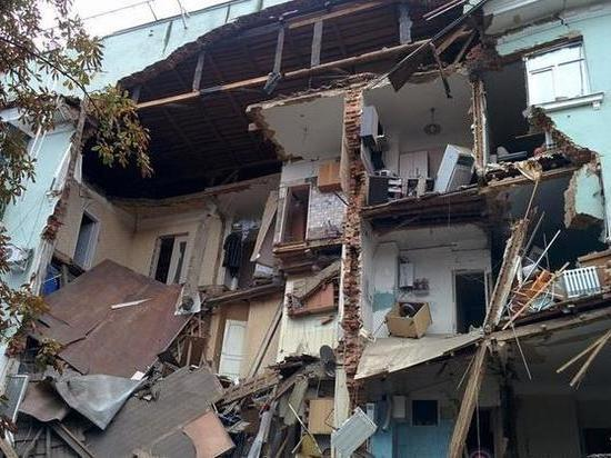 Один дом рухнул — другой в уме?