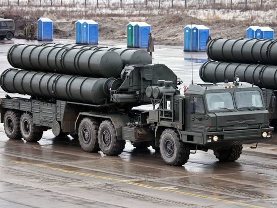Владимир Путин едет в Анкару обсуждать не только военные вопросы