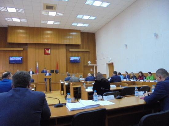 В Вологде парламентарии встретились на очередной сессии Вологодской городской Думы