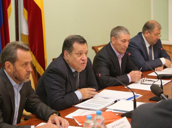 Андрей Макаров рассказал депутатам Рязанской облдумы о том, что даст региону федеральный бюджет