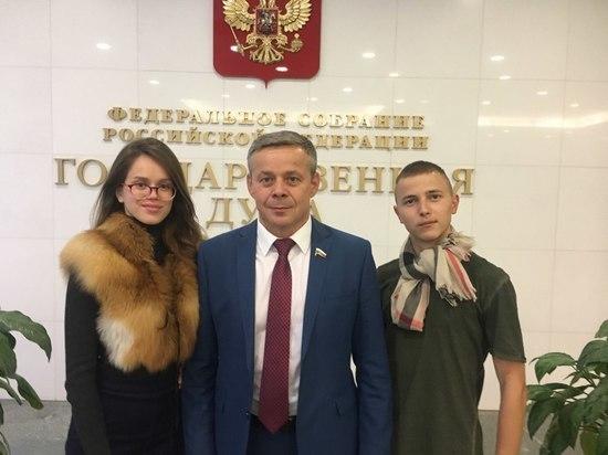 Виктор Карамышев покинул аграрный комитет Госдумы