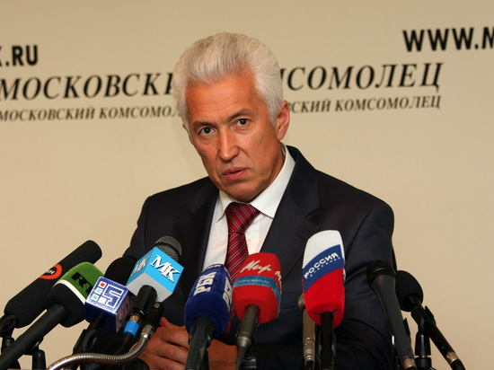 Путин отправил в отставку Рамазана Абдулатипова