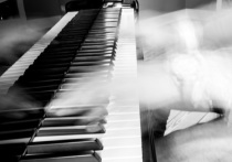 Умер при исполнении: подробности смерти пианиста Клейна, скончавшегося на концерте
