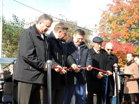 В Свердловской области в День атомщика открылся памятник первопроходцам