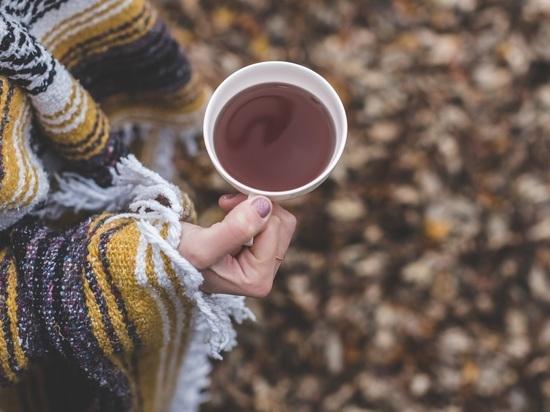 Диетологи: черный чай помогает похудеть не хуже зеленого