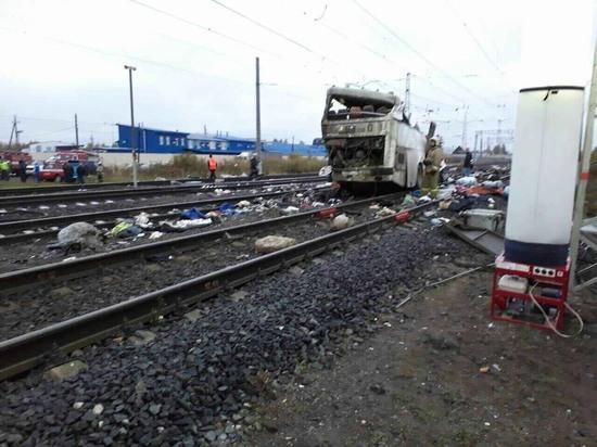 Под Владимиром поезд столкнулся с автобусом