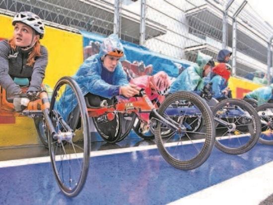 В Сочи прошел международный полумарафон  на спортивных колясках