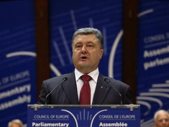 Порошенко отказался торговаться за Крым, сказав в ПАСЕ скандальную речь