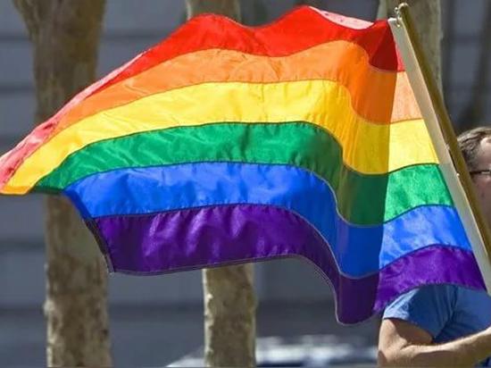 Откровения бишкекского представителя ЛГБТ - о ревности, поломанных ребрах и принятии себя