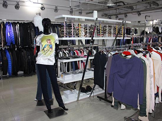 Производство одежды в России устремилось к нулю