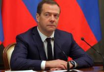 После отставки правительства Дмитрий Медведев переедет в Санкт-Петербург