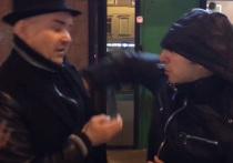 В смысле, ты гей: экс-мэра Архангельска избили у лавки Стерлигова