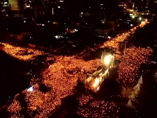 Погребальный костер короля: Таиланд прощается с умершим год назад монархом