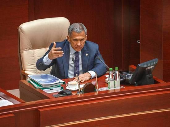 Президент Татарстана Рустам Минниханов сегодня впервые дал развернутую оценку «языковой проблеме», а в парламент вернулись дискуссии